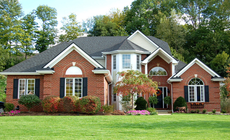Get Rid of Unsightly Stains on Your Roof